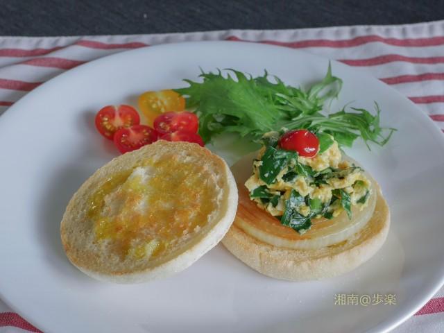 朝食の定番 エッグマフィン パスコ カリカリに焼いてオリーブオイルを!