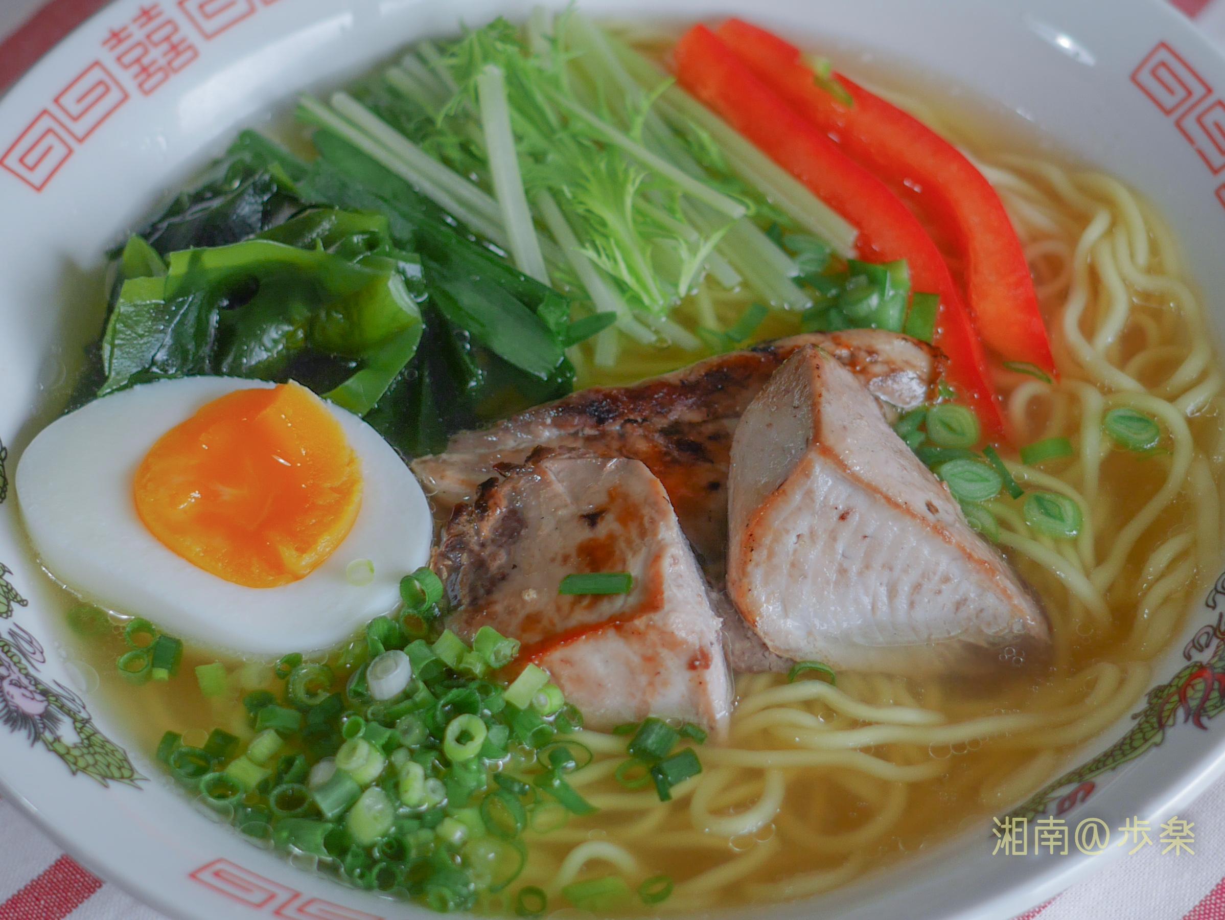 TOPVALU:麺とスープにこだわった塩ラーメン