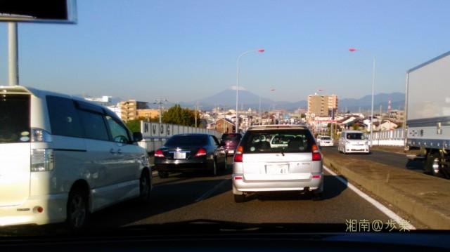 富士 いつの間にか 冠雪